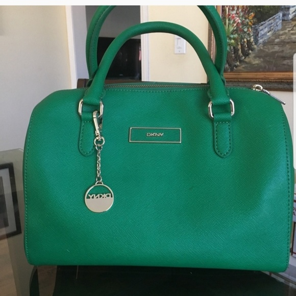Dkny Handbags - Almost new kelly green DK &Y satchel